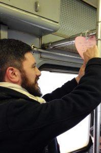 Efrem Maestri, consigliere comunale a Paderno Dugnano, appende il suo cuore